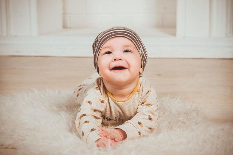 Makanan Bayi 8 Bulan Untuk Tingkatkan Kecerdasan Otak