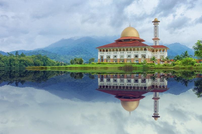 Toleransi dalam Islam dan Penerapannya dalam Kehidupan Sehari-Hari
