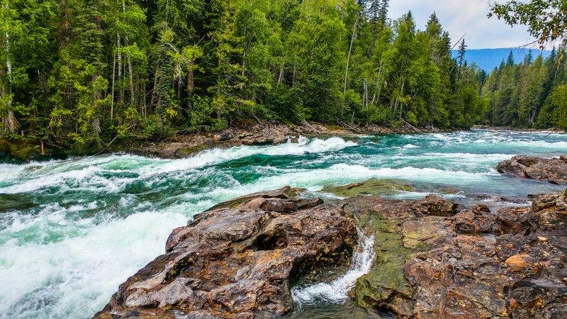 Sudah Tahu 4 Sungai di Kalimantan yang Paling Panjang ? Yuk Cek Disini