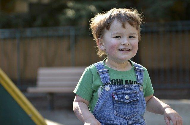 Orang Tua Wajib Mengenali Tanda Anak Autisme