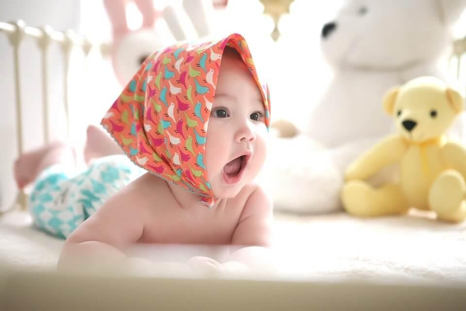 Cara Mengatasi Bayi Kembung dan Muntah Muntah
